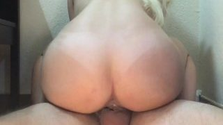 He can't handle the tight pussy – Cums inside twice